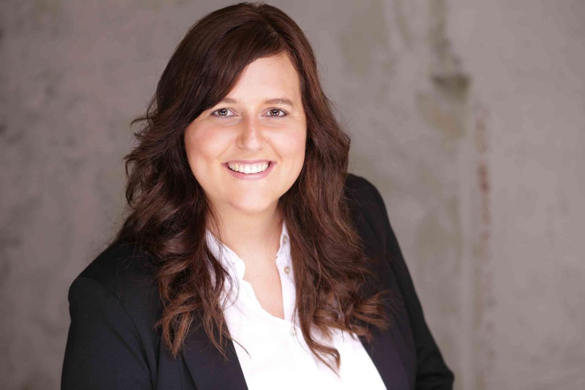Businessfoto von Sarah Dunkel für Lebenslauf/Vita.